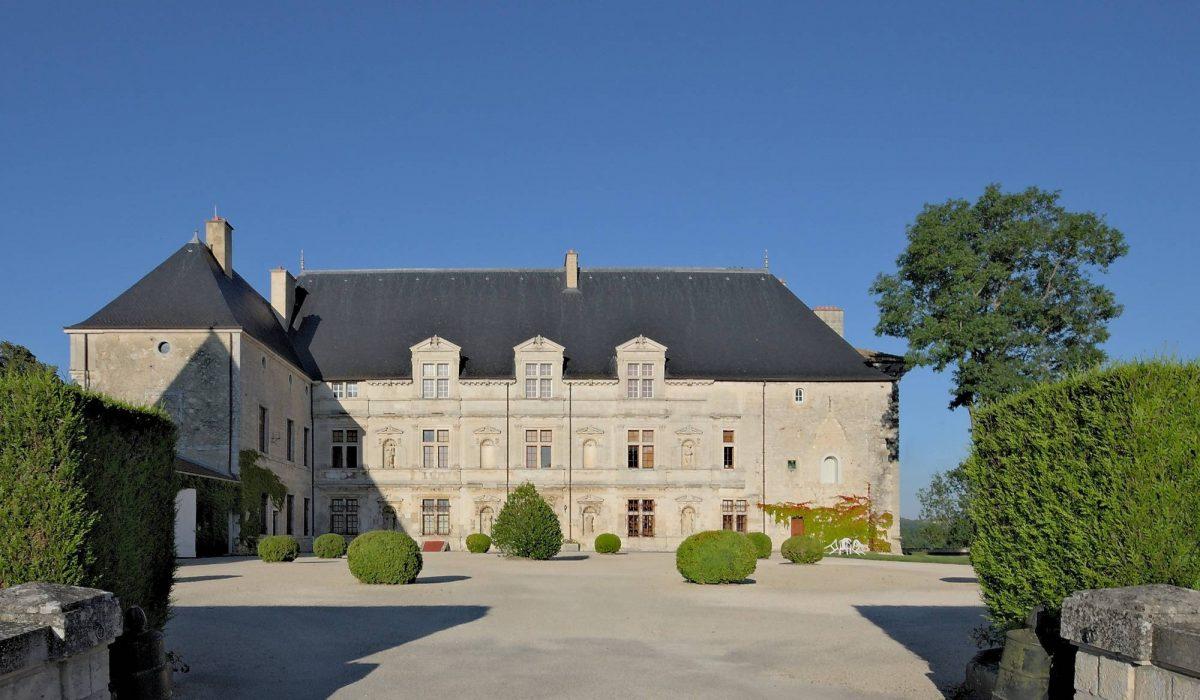 20120810-Meuse-chateau-de-MontBras-facade-8551