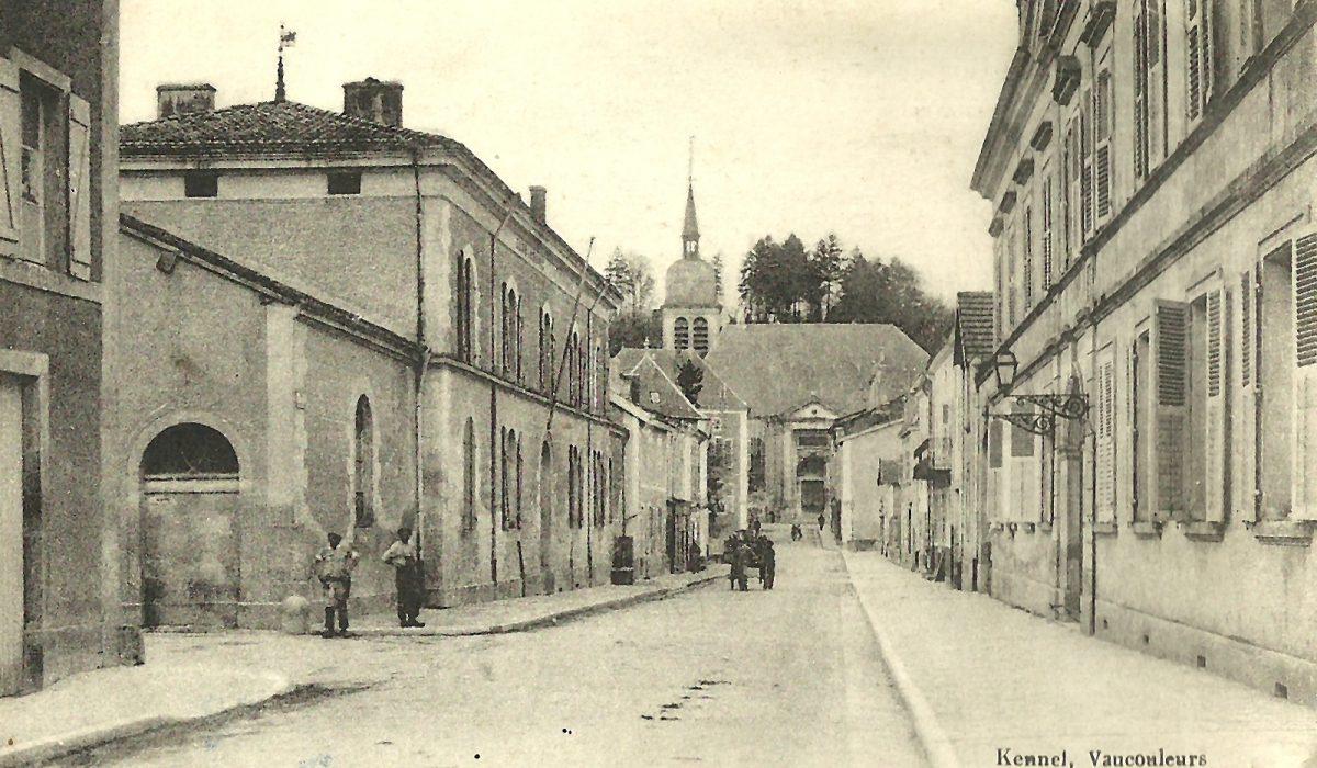 Vaucouleurs-Rue de la République